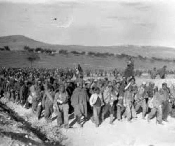 [Docu] La columna de los 8000 –  Historia olvidada sobre la represión franquista en la Guerra Civil n la provincia de Badajoz